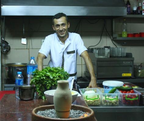 Kitchen, yasin full view